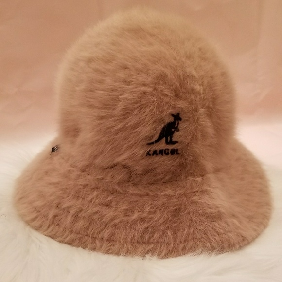 7c9db754dc9 NWOT Kangol Furgora Lola tan bucket furry hat